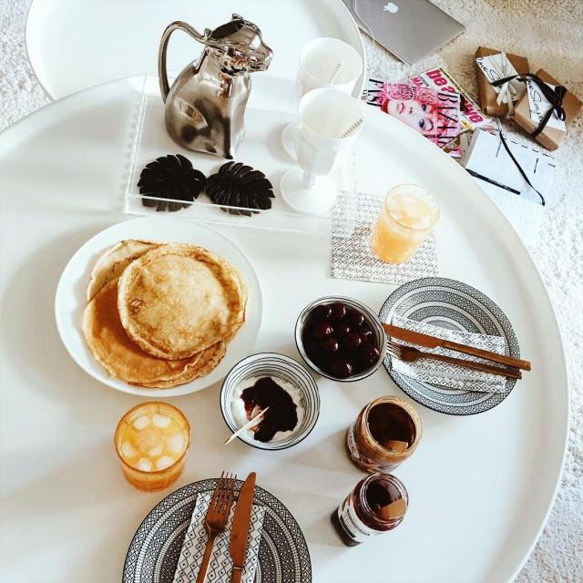 Hello pyszne niadanko i dobry plan dnia  breakfast pancakeshellip